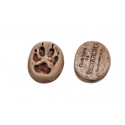 Wolf ceramic paw magnet